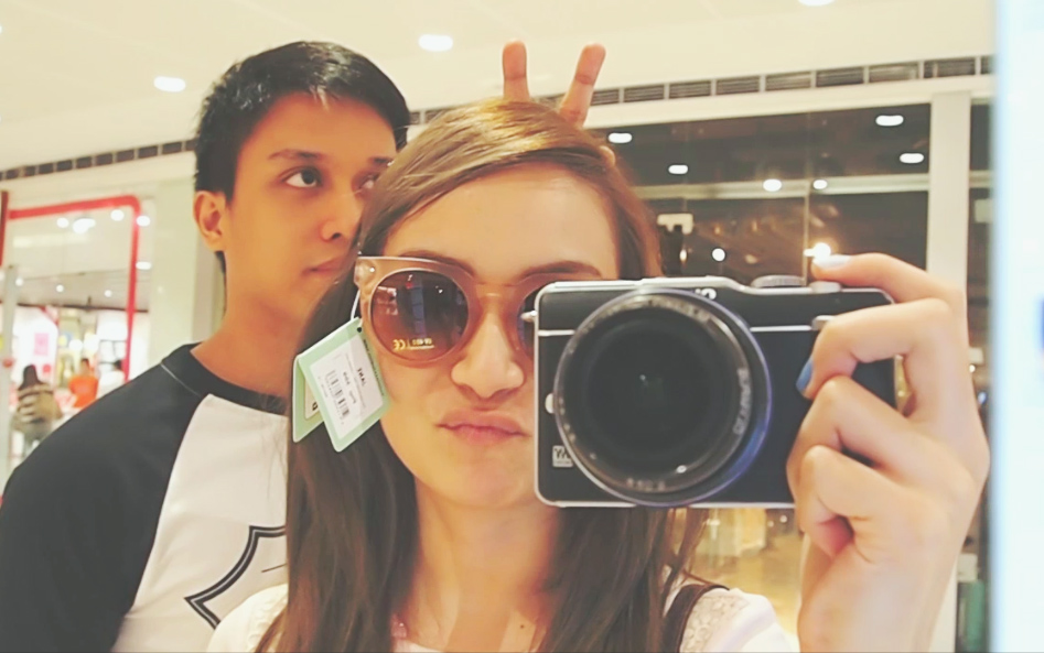 bestiekonisis vlog - mall fun