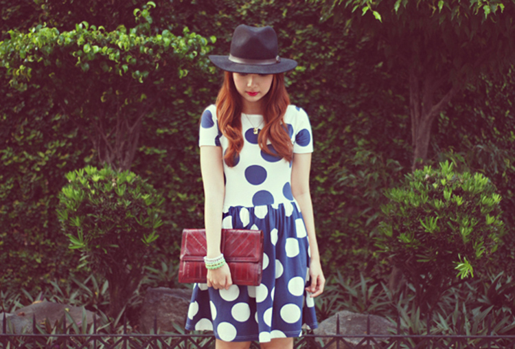 polka dot dress outfit ideas