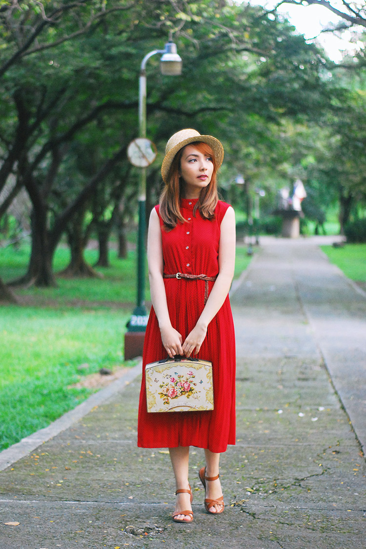 red midi dress outfit