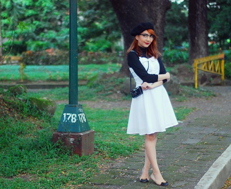 white dress, black hat