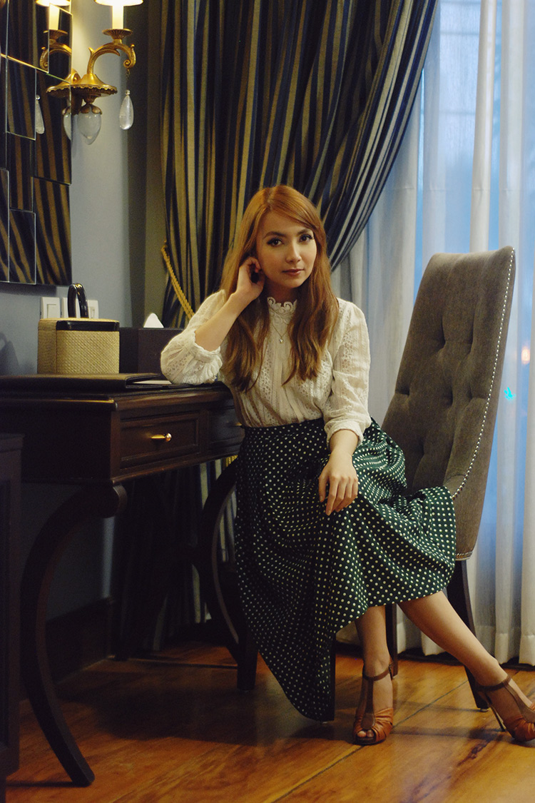 lace top and midi skirt