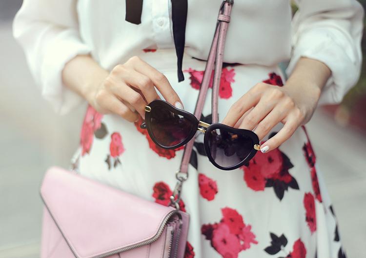 black heart sunglasses
